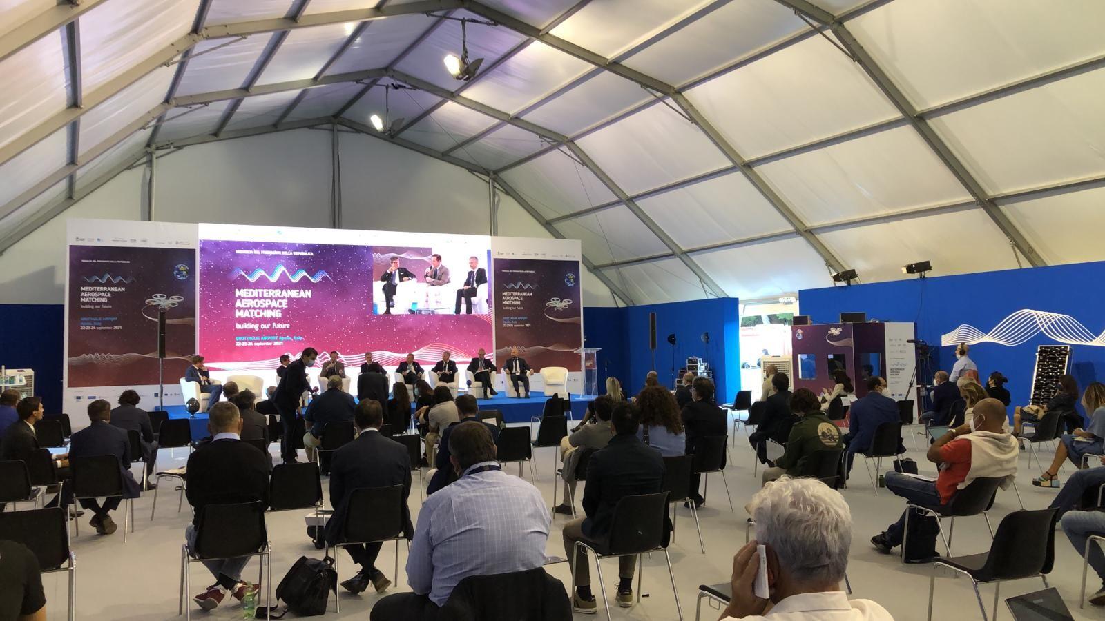 """Mediterranean Aerospace Matching (Mam). Lettera del ministro Di Maio: """"Puglia, polo della new space economy in Italia"""""""